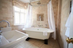Built-by-Design-clawed-bathtub-renovation-trends
